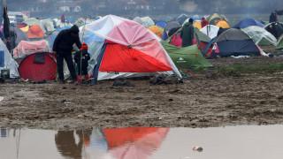 Σύμφωνο συνεργασίας για το προσφυγικό υπέγραψαν οι δήμαρχοι Λέσβου, Λαμπεντούζα και Βαρκελώνης