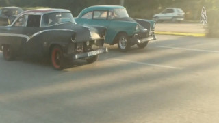 Fast and furious στην Κούβα: Αγώνες ταχύτητας με… αντίκες του '30!