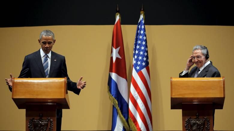 Κάστρο σε Ομπάμα: Bαθιές οι διαφορές ΗΠΑ και Κούβας