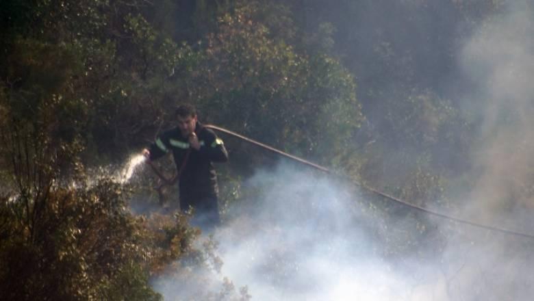 Σε εξέλιξη πυρκαγιά στο Σφηνάρι Κισάμου