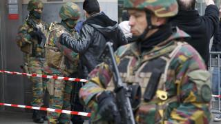 Μανουέλ Βαλς: Περισσότεροι από 30 άνθρωποι συνδέονται με τις επιθέσεις στο Παρίσι