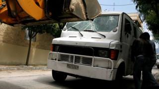 Απόπειρα ληστείας και πυροβολισμοί έξω από το Ασκληπιείο Βούλας