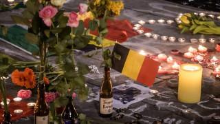 Επιθέσεις Βρυξέλλες: Τίμησαν τη μνήμη των θυμάτων με το Imagine