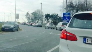 Συναγερμός στο αεροδρόμιο του Σαρλερουά εξαιτίας ύποπτου οχήματος