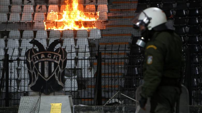 Αφαίρεση 5 βαθμών και 5 αγώνες χωρίς κόσμο η τιμωρία του ΠΑΟΚ για τα επεισόδια της Τούμπας