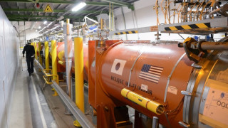 Έτοιμος να λειτουργήσει ξανά ο μεγάλος επιταχυντής αδρονίων στο CERN