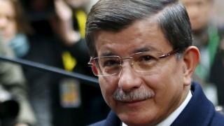 """Αναγκαία τη συνεργασία με Ιορδανία ενάντια στους τρομοκράτες """"βλέπει"""" ο Νταβούτογλου"""