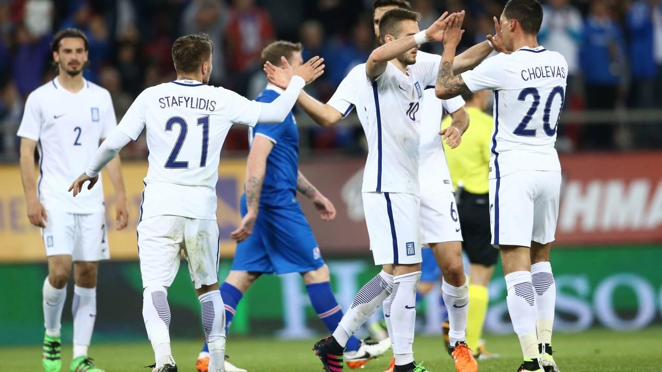 Η Ισλανδία νίκησε 3-2 την εθνική που θέλει πολλή δουλειά για τα προκριματικά του μουντιάλ.