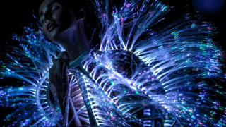 Haute technologie: Εκεί όπου η τεχνολογία συναντά την υψηλή ραπτική