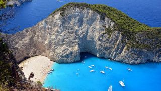 CNT: Αυτές είναι οι 8 πιο όμορφες παραλίες της Ελλάδας