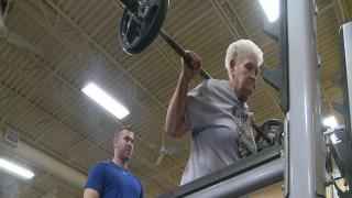 """78χρονη """"πρωταθλήτρια """" άρσης βαρών"""