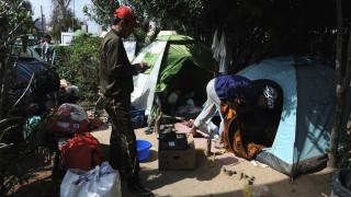 Τεταμένη η κατάσταση σε Πειραιά και νησιά για το προσφυγικό