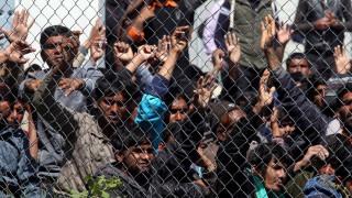 Διεθνής Αμνηστία: Κακές οι συνθήκες κράτησης σε Χίο-Λέσβο