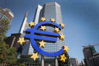 Τα ομόλογα EFSF των ελληνικών τραπεζών αγοράζει η ΕΚΤ