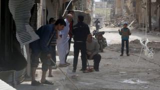 Συρία: Περισσότερα από 30.000 άτομα εγκατέλειψαν το Χαλέπι