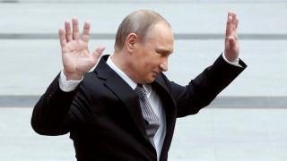 """Για """"λανθασμένες πληροφορίες"""" κάνει λόγο το Κρεμλίνο για την διαρροή των Panama Papers"""