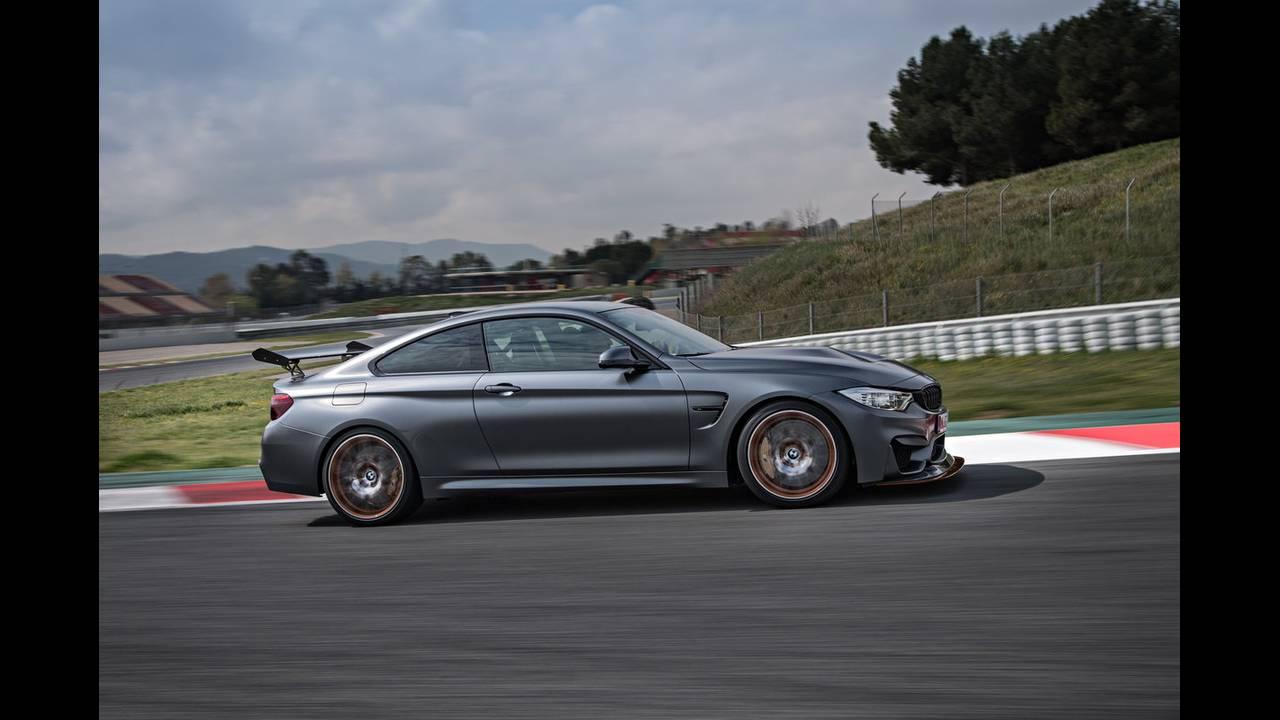 https://cdn.cnngreece.gr/media/news/2016/04/15/28919/photos/snapshot/BMW-M4-GTS-12.jpg