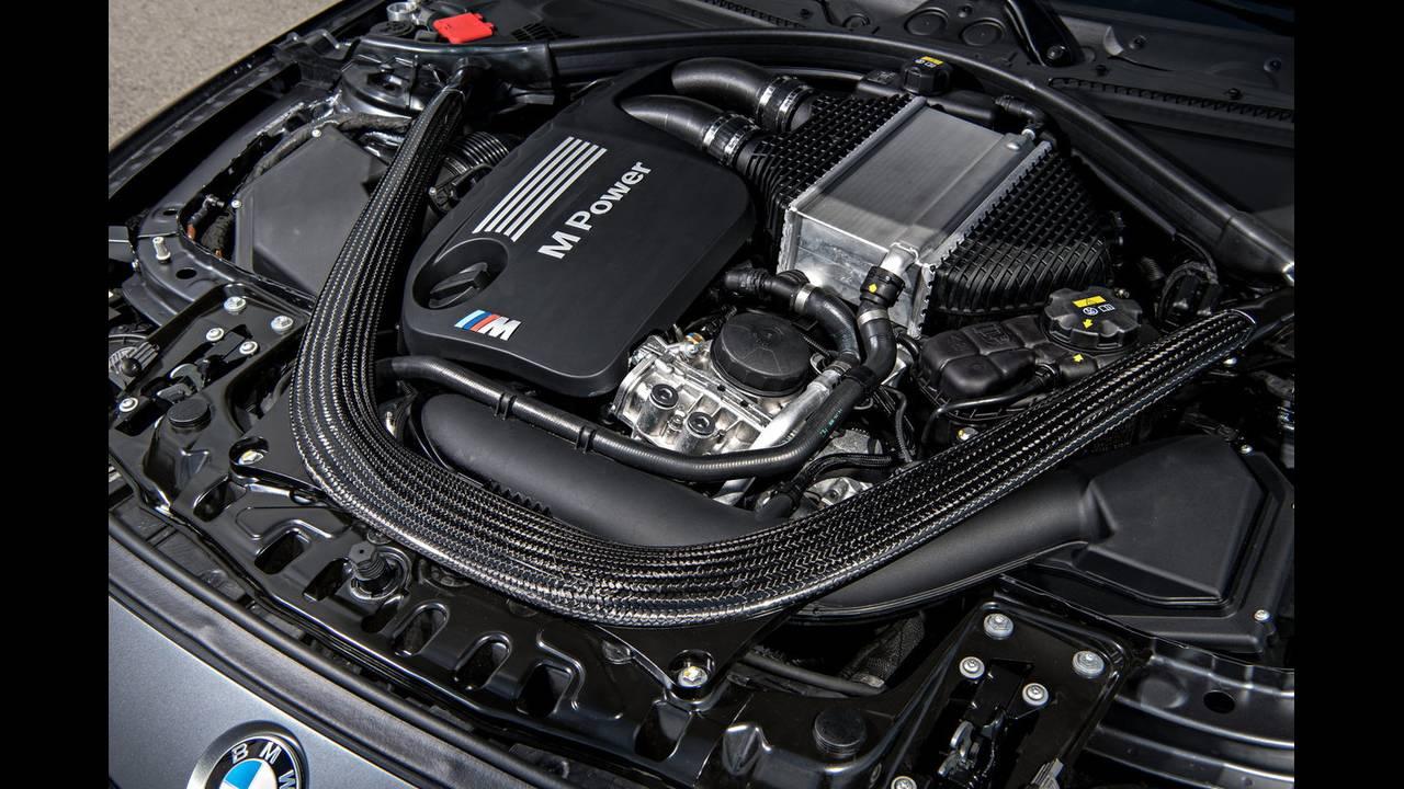 https://cdn.cnngreece.gr/media/news/2016/04/15/28919/photos/snapshot/BMW-M4-GTS-22.jpg