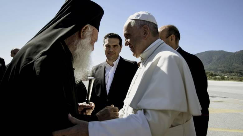 Το μήνυμα του Αρχιεπισκόπου Ιερώνυμου από την Μόρια για την επίσκεψη του Πάπα - CNN.gr