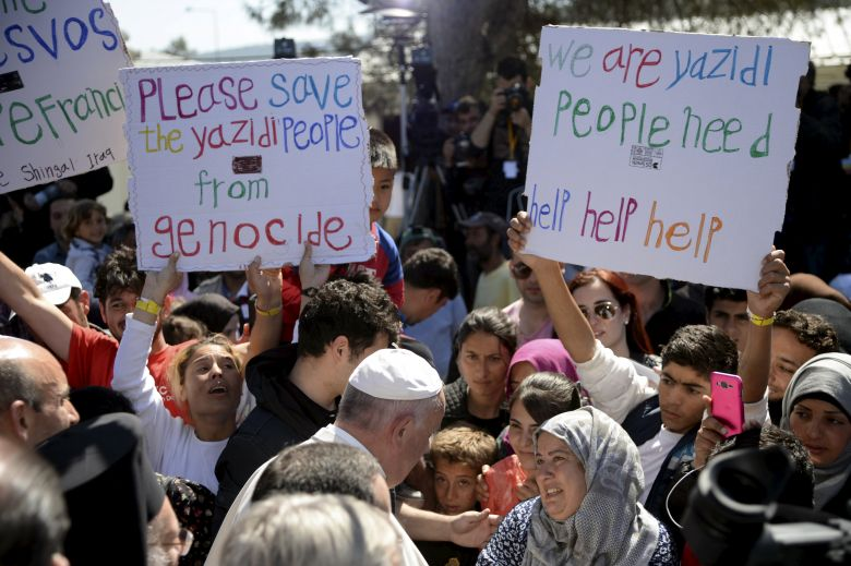 2016 04 16T104300Z 1119392423 GF10000384268 RTRMADP 3 EUROPE MIGRANTS POPE LESBOS