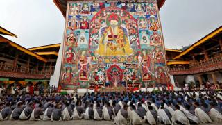 33 φωτογραφίες από το Μπουτάν – Tην τελευταία χώρα που έφτασε η τηλεόραση