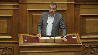 Θεοδωράκης: Ανάγκη να εκκενωθεί άμεσα η Ειδομένη