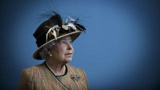 90 πράγματα που δεν ξέρεις για την 90χρονη Βασίλισσα Ελισάβετ