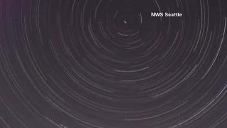 Ο μαγευτικός έναστρος ουρανός του Β. Πόλου