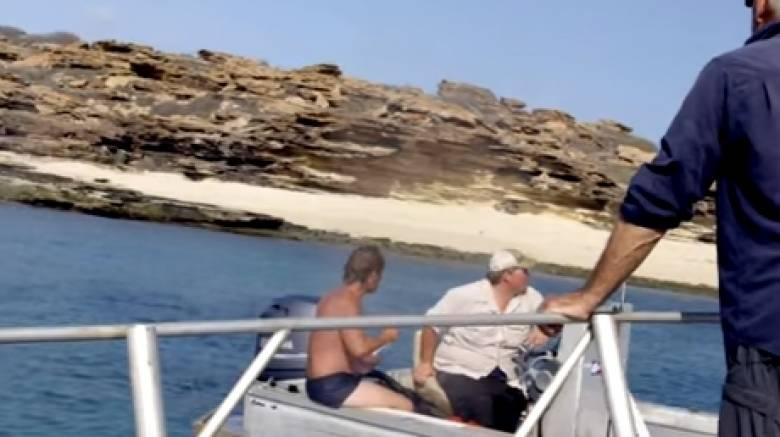Τηλεοπτικό συνεργείο πήγε για γύρισμα σε ερημονήσι και βρήκε ναυαγό (vid)!