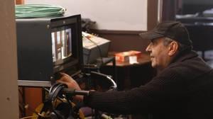 Κώστας Κουτσομύτης: Μεγάλη απώλεια για τον κόσμο της εικόνας και δη της τηλεοπτικής, ο θάνατος του σημαντικού σκηνοθέτη, Κώστα Κουτσομύτη, στις 20 Μαρτίου.  Από το Εκείνος κι Εκείνος και τα Βαμμένα Κόκκινα Μαλλιά του Κώστα Μουρσελά και τον Κίτρινο Φάκελλο
