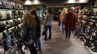 Πάσχα 2016: Ανοικτά την Κυριακή τα καταστήματα - το εορταστικό ωράριο
