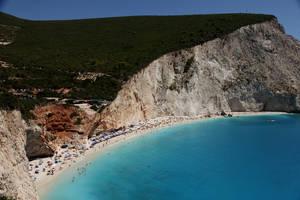 """3. Πόρτο Κατσίκι, Λευκάδα. Η παραλία αποκαλείται ως  """"λιμάνι των κατσικιών"""", καθώς παλαιότερα στην περιοχή βρίσκονταν πολλά κατσίκια."""