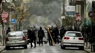 Επίθεση με μολότοφ στο αστυνομικό τμήμα Εξαρχείων