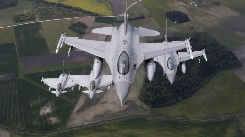 Μαχητικό αεροσκάφος άνοιξε πυρ κατά πύργου ελέγχου