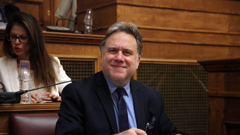 Βουλή-Ασφαλιστικό: Παραδέχτηκε αύξηση των εισφορών ο Κατρούγκαλος