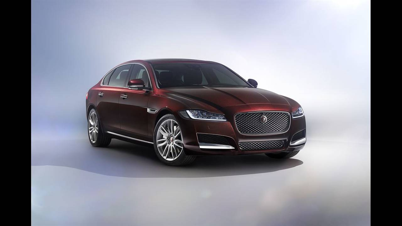 https://cdn.cnngreece.gr/media/news/2016/04/25/30065/photos/snapshot/JAGUAR-XFL-1.jpg