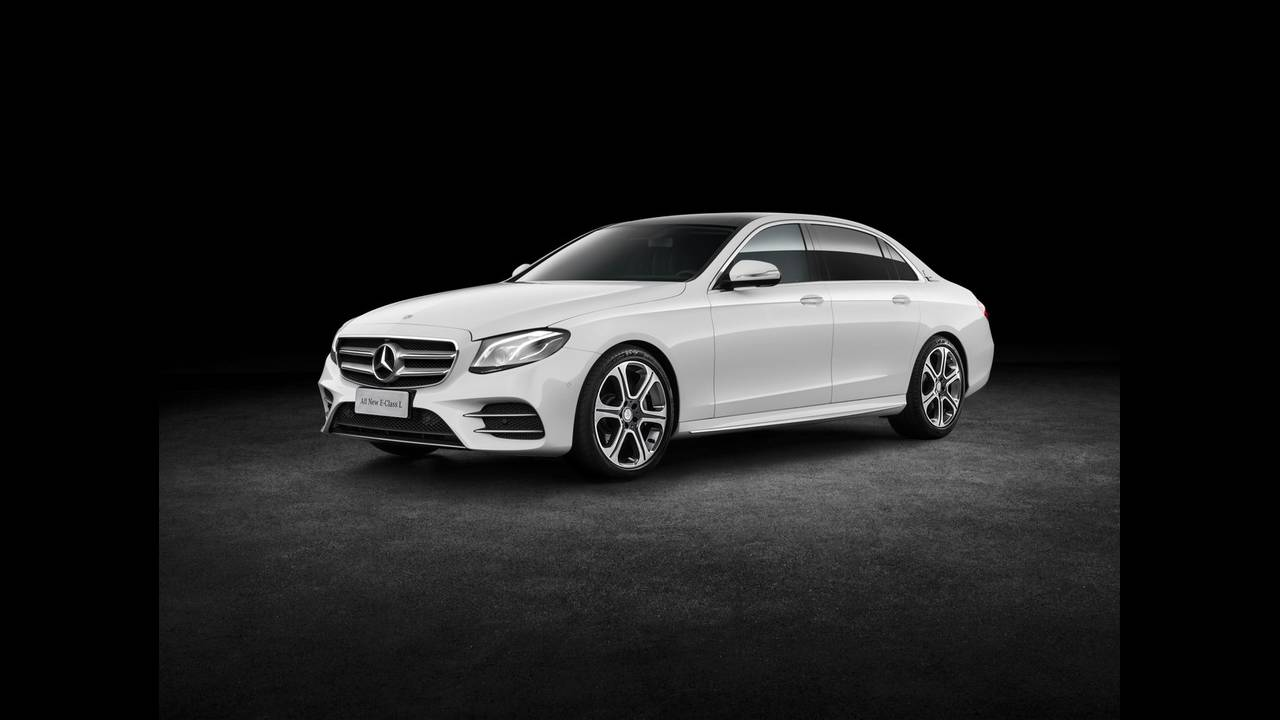 https://cdn.cnngreece.gr/media/news/2016/04/25/30065/photos/snapshot/MERCEDES-E-CLASS-LONG-2.jpg
