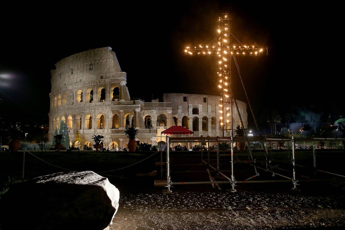 Colosseum Via Crucis 2016 03 25 Franco Origlia GettyImages 517509838