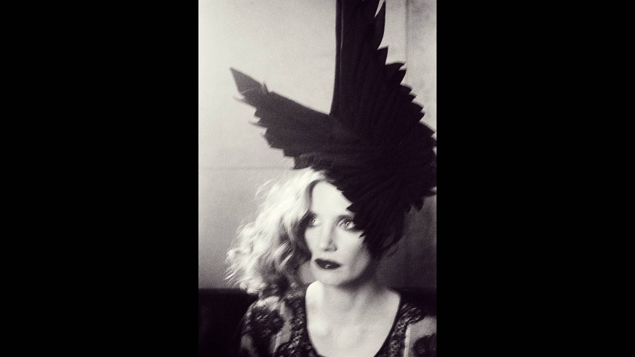 https://cdn.cnngreece.gr/media/news/2016/04/29/30524/photos/snapshot/Jessica-Chastain-Flaunt-Magazine-2016-Cover-Photoshoot07.jpg