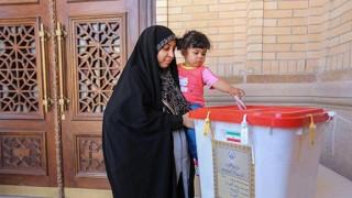 Ιράν: Νίκη των μεταρρυθμιστών στον β'γύρο εκλογών