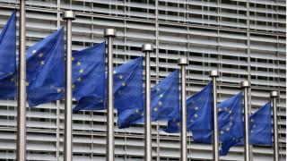Κομισιόν: Επιστροφή στην ανάπτυξη για την Ελλάδα στο δεύτερο μισό του 2016