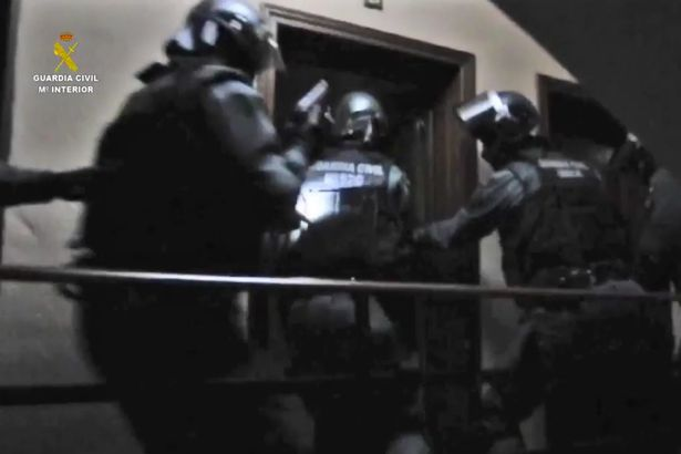 Armed police smash jihadist terror cell in Spanish capital 1