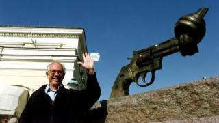 Έφυγε ο πασιφιστής εικαστικός Καρλ Φρέντρικ Ρόιτερσβαρντ