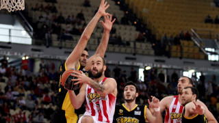 Ξεκίνημα με άνετη νίκη για τον Ολυμπιακό επί της ΑΕΚ στα play off της Α1 μπάσκετ