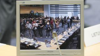Η κυβέρνηση περιμένει θετικό μήνυμα από το Eurogroup χωρίς μέτρα–ρεζέρβα