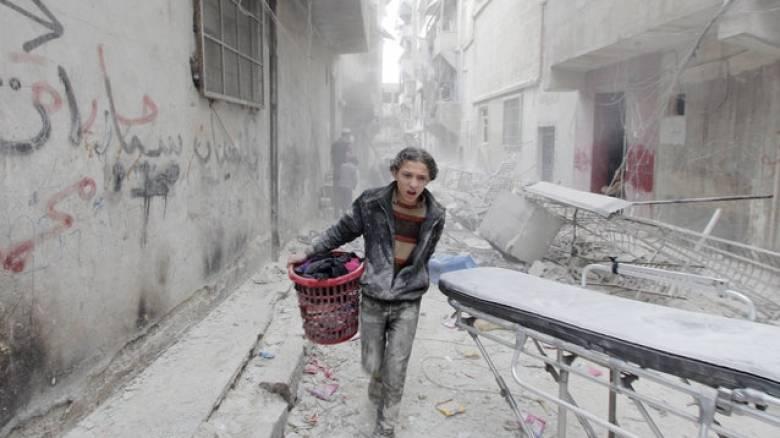 Αεροπορικό χτύπημα σε στρατόπεδο προσφύγων κοντά στην Τουρκία