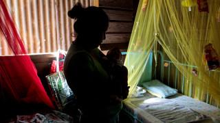 Ισπανία: To πρώτο κρούσμα μικροκεφαλίας σε έμβρυο που η μητέρα του μολύνθηκε από τον ιό Ζίκα