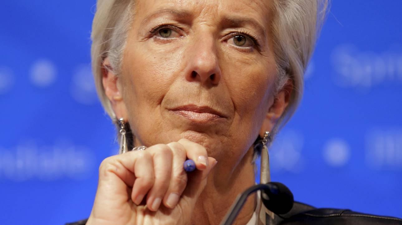 Guardian: Το ΔΝΤ απειλεί να αποχωρήσει από το ελληνικό πρόγραμμα