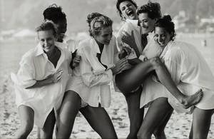 "Peter Lindbergh, ""Linda Evangelista, Tatjana Patitz, Christy Turlington, Estelle Lefébure, Karen Alexander, Rachel Williams"", US Vogue, Los Angeles, 1990."