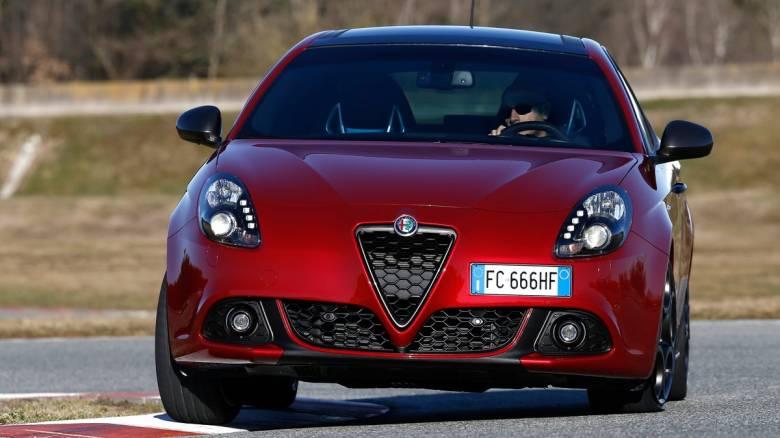 H Alfa Romeo φρεσκάρει την όμορφη Giulietta, υιοθετώντας κάποια στοιχεία από τη Giulia